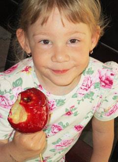 Маша Кабалова, 4 года, сложный врожденный порок сердца, спасет операция, требуются расходные материалы. 368900 руб.