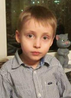 Миша Манулин, 5 лет, задержка психического развития, аутические черты личности, требуется курсовое лечение. 199200 руб.