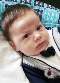 Дамир Митрофанов, 3 месяца, врожденная двусторонняя косолапость, требуется лечение по методу Понсети. 151900 руб.