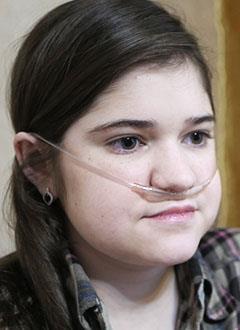 Арина Крятова, 16 лет, муковисцидоз, требуется лечебное питание и расходные материалы для гастростомы. 255780 руб.