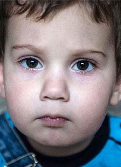 Руслан Тулинов, 2 года, Spina bifida, требуется обследование и лечение. 658317 руб.