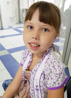 Марина Коженкова, 9 лет, симптоматическая эпилепсия, требуется лечение. 193830 руб.