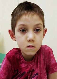 Данияр Фаляхутдинов, 6 лет, детский церебральный паралич, дыхательная недостаточность 2-й степени, требуется специальный прибор для дыхания. 110670 руб.