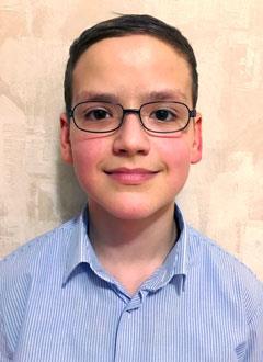 Кирилл Судаков, 12 лет, деформация стоп, контрактуры коленных суставов, требуется этапное хирургическое лечение. 392770 руб.