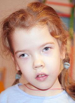 Тая Климок, 7 лет, спастический тетрапарез, требуется ортопедический аппарат. 110019 руб.