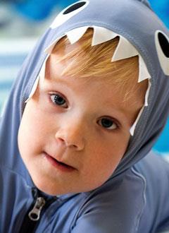 Миша Литвинов, 2 года, Spina bifida – врожденный порок развития спинного мозга, требуется обследование и лечение. 658317 руб.