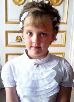 Поля Глотова, 8 лет, врожденный порок сердца, атриовентрикулярная блокада 3-й степени, спасет операция по замене электрокардиостимулятора. 277221 руб.