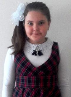 Даша Швецова, 11 лет, врожденный порок сердца, спасет эндоваскулярная операция, требуется окклюдер. 239000 руб.
