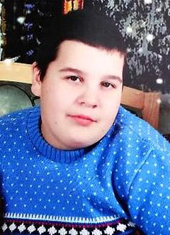 Денис Душенко, 15 лет, тяжелая травма мягких тканей бедра и голени левой ноги, требуются расходные материалы для операции. 43400 руб.