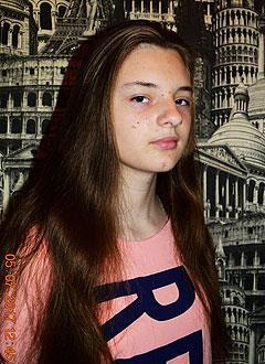 Олеся Деревенских, 15 лет, двусторонняя сенсоневральная тугоухость 3–4-й степени, требуются слуховые аппараты. 162750 руб.
