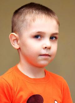 Кирилл Козлов, 5 лет, врожденный порок сердца, спасет операция, требуется клапансодержащий кондуит. 558938 руб.
