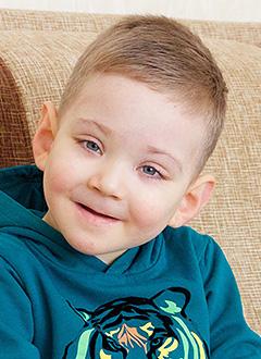 Мефодий Кощенко, 3 года, врожденный порок сердца, требуется операция. 591325 руб.