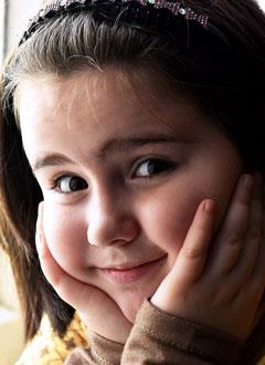 Надя Тюкова, 7 лет, врожденный порок сердца, спасет эндоваскулярная операция, требуется окклюдер. 295337 руб.