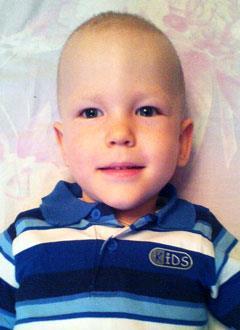 Кирилл Эбергардт, 2 года, поражение центральной нервной системы тяжелой степени, требуется инвалидное кресло-коляска. 234577 руб.