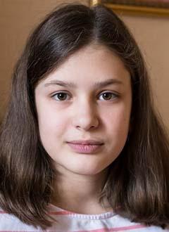 Лиза Педыч, 13 лет, врожденный порок сердца, спасет эндоваскулярная операция, требуется окклюдер. 267945 руб.