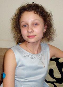 Катя Пугаченко, 13 лет, сахарный диабет 1-го типа, требуется инсулиновая помпа и расходные материалы к ней. 208945 руб.
