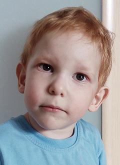 Дима Пиканов, 3 года, детский церебральный паралич, требуется лечение. 199430 руб.