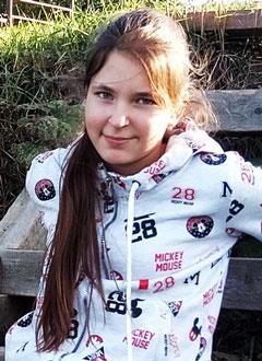 Вика Соколова, 12 лет, врожденный порок сердца, спасет эндоваскулярная операция, требуется окклюдер. 267945 руб.