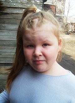 Ангелина Чеканова, 8 лет, врожденный порок сердца, спасет эндоваскулярная операция. 390756 руб.