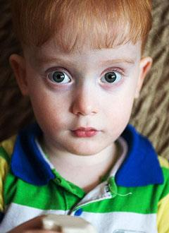 Ваня Ахлюстин, 2 года, Spina bifida, спасет обследование и лечение. 658317 руб.