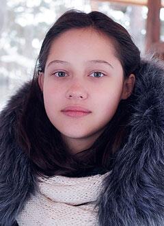 Рита Малышева, 13 лет, S-образный грудопоясничный сколиоз 3-й степени, требуется ортопедический корсет. 145390 руб.