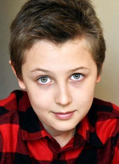 Илья Литау, 12 лет, посттравматическая деформация черепа, спасет операция. 332243 руб.