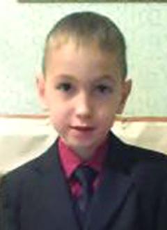 Айнур Каримов, 8 лет, детский церебральный паралич, требуется курсовое лечение. 199200 руб.