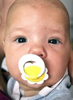 Арина Касьянова, 6 месяцев, синдром короткой кишки, спасет внутривенное питание. 354968 руб.