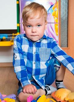 Рома Курбанов, 4 года, редкое хроническое заболевание – инкапсулированный перитонит (нарушение обмена веществ, дисфункция кишечника), требуются лекарства и специальное питание. 646700 руб.