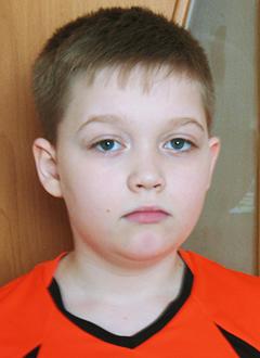 Захар Баландин, 11 лет, синдром вегетативной дистонии, нарушение психического развития, требуется курсовое лечение. 199200 руб.