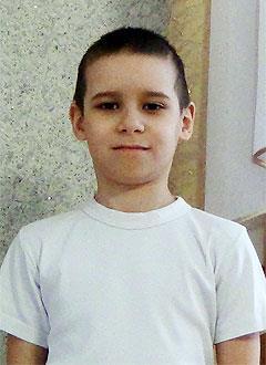 Рамиль Гимазетдинов, 9 лет, врожденный порок сердца, спасет эндоваскулярная операция, требуется окклюдер. 76384 руб.