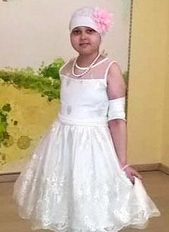 Ксюша Казанцева, 10 лет, острый лимфобластный лейкоз, требуются лекарства и расходные материалы. 2290327 руб.