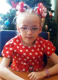 Аня Лёман, 11 лет, детский церебральный паралич, спастический тетрапарез, требуется лечение. 199430 руб.