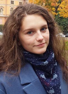 Кристина Атабаева, 16 лет, кифосколиоз 3-й степени, требуется ортопедический корсет. 48825 руб.