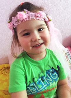 Лера Кузнецова, 3 года, врожденный порок сердца, спасет эндоваскулярная операция. 339063 руб.