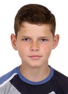 Костя Чулков, 13 лет, глухота справа, тугоухость 2-й степени слева, требуется слуховой аппарат. 55661 руб.
