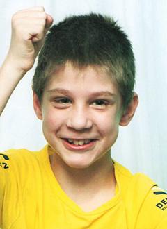 Сережа Казук, 9 лет,  детский церебральный паралич, требуется лечение. 199430 руб.