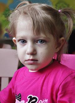 Яна Лейман, 3 года, врожденный порок сердца, легочная гипертензия 3-й степени, спасет лекарство. 1076600 руб.