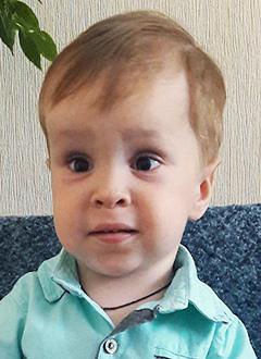 Дима Семенин, 4 года, врожденный артрогрипоз – заболевание скелетно-мышечной системы, требуется лечение. 270220 руб.