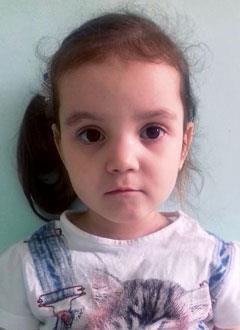 Даша Коновалова, 3 года, болезнь Гиршпрунга, синдром короткой кишки, требуется внутривенное питание на полгода и расходные материалы для его введения. 552600 руб.