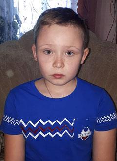Глеб Климкин, 10 лет, фиброзная дисплазия, требуется курсовое лечение. 527310 руб.