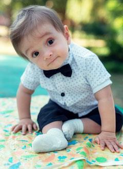 Сережа Бурнусов, 11 месяцев, Spina bifida – врожденный порок развития спинного мозга, требуется обследование и лечение. 211026 руб.