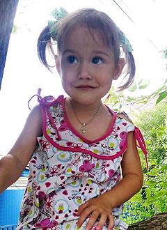 Света Лычко, 2 года, врожденный порок сердца, спасет эндоваскулярная операция. 339063 руб.