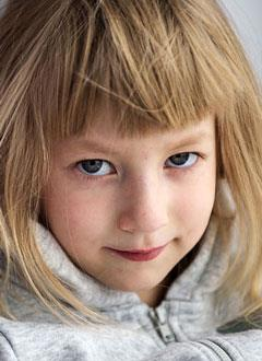 Лиза Кургузова, 6 лет, сложный врожденный порок сердца, спасет операция. 1013596 руб.