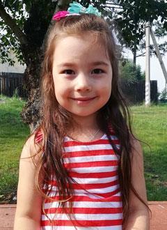 Алиса Попова, 4 года, врожденная атриовентрикулярная блокада, спасет установка кардиостимулятора. 561271 руб.