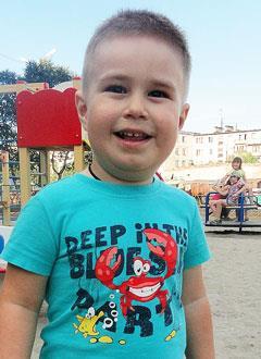 Роберт Бояршинов, 3 года, сахарный диабет 1-го типа, требуются расходные материалы к инсулиновой помпе. 133675 руб.