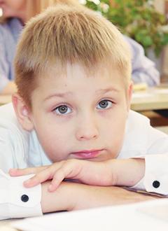 Макар Зайцев, 8 лет, детский церебральный паралич, требуется лечение. 118265 руб.