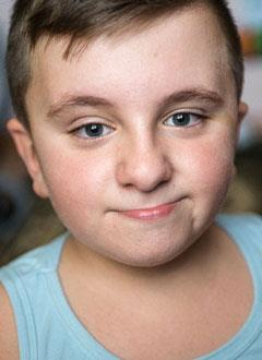 Никита Пеньков, 9 лет, несовершенный остеогенез, требуется операция и курсовое лечение. 3782310 руб.