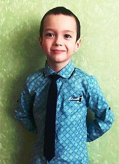 Саша Комаров, 6 лет, туберозный склероз, симптоматическая мультифокальная эпилепсия, требуется лекарство. 532475 руб.