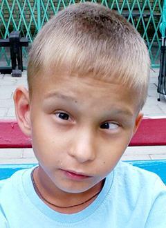Матвей Осипов, 10 лет, детский церебральный паралич, требуется лечение. 199430 руб.